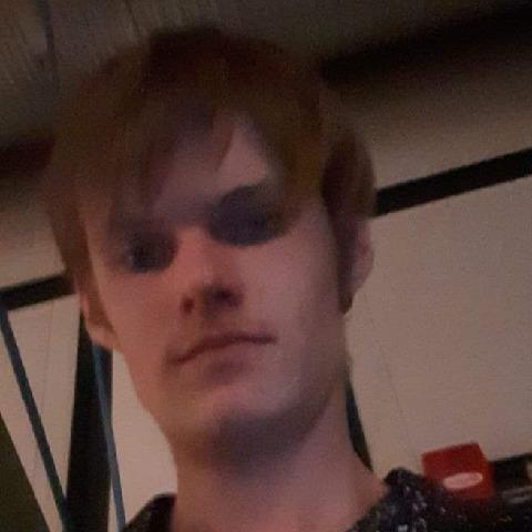 Laci, 20 éves társkereső férfi - Sárszentmihály