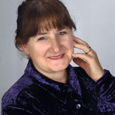 Erzsébet, 62 éves társkereső nő - Zalaegerszeg