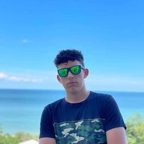 Zsombor, 20 éves társkereső férfi - Szombathely