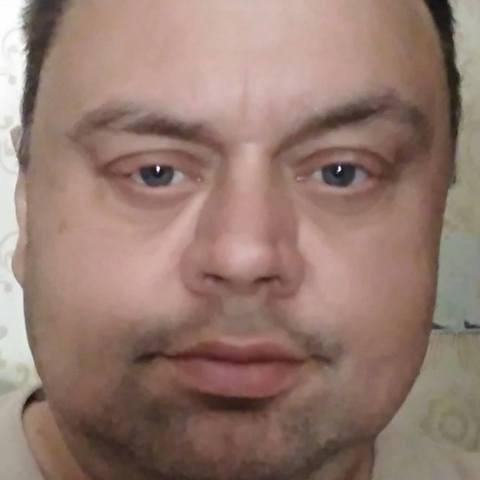 Karol, 51 éves társkereső férfi - sturovo