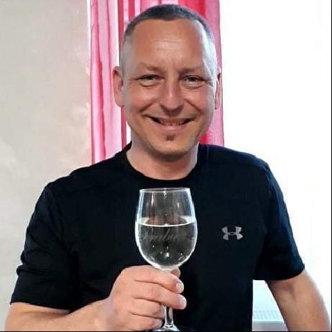 Tamás, 47 éves társkereső férfi - Csapod