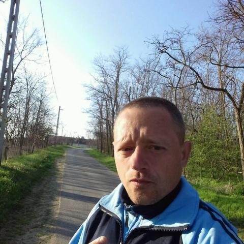 Krisztián, 36 éves társkereső férfi - Pusztahencse