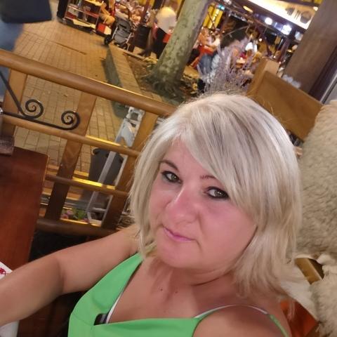 Tímea, 39 éves társkereső nő - Kakucs