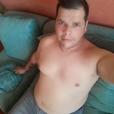 Tamás, 33 éves társkereső férfi - Miskolc