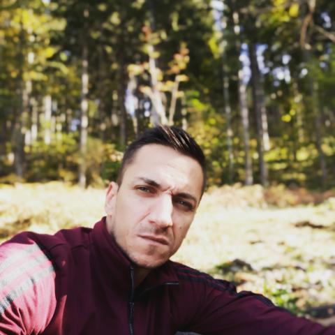 György, 32 éves társkereső férfi - Wels