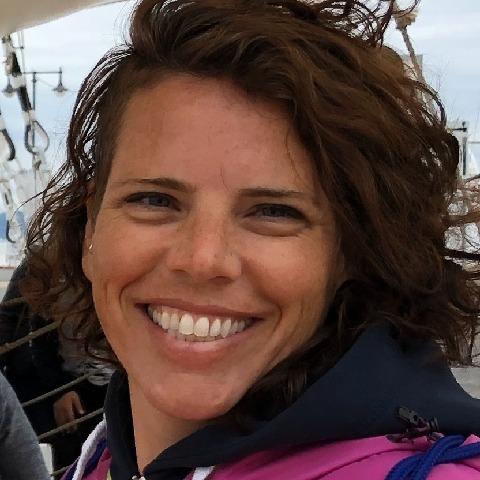 Lariska, 41 éves társkereső nő - Pápa