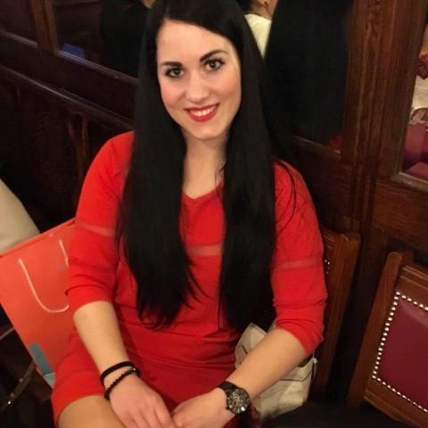 Noémi, 30 éves társkereső nő - Zalaegerszeg