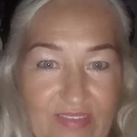 Klára, 69 éves társkereső nő - Debrecen