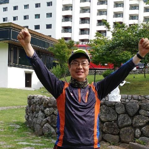 peter , 51 éves társkereső férfi -