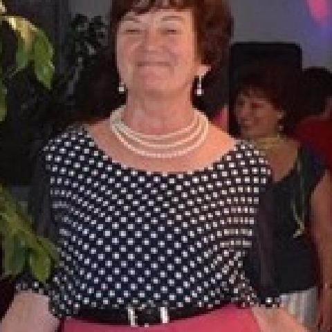 Anna, 65 éves társkereső nő - Keszthely