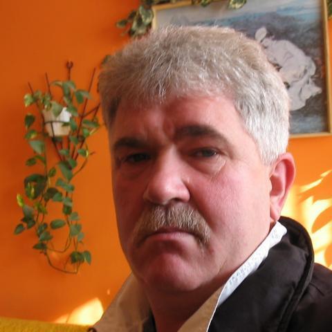 András, 57 éves társkereső férfi - Oroszlány