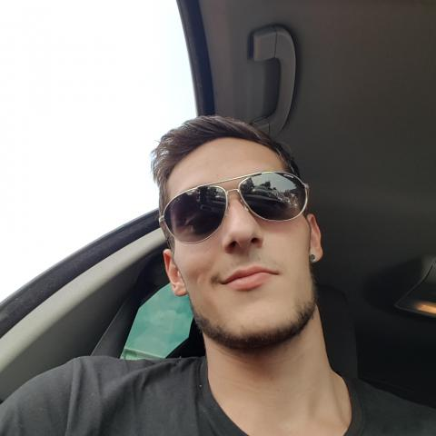 Zoli, 24 éves társkereső férfi - Bonyhád