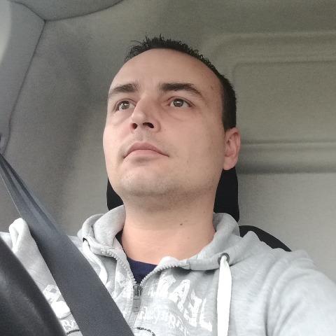 Szabi, 34 éves társkereső férfi - Zalaegerszeg