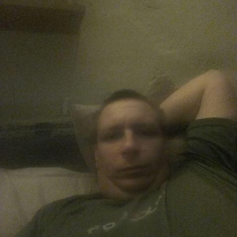 Zoltan, 37 éves társkereső férfi - Decs