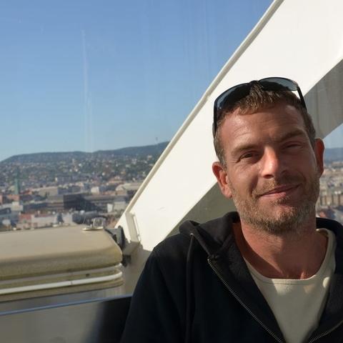László, 42 éves társkereső férfi - Sződ