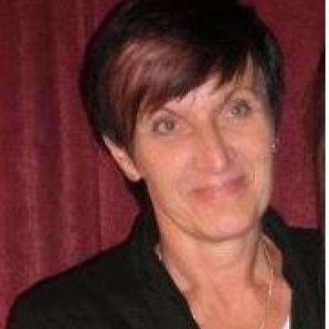 Zsuzsa, 63 éves társkereső nő - Zalaegerszeg