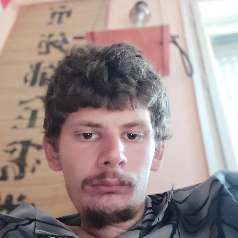 Márton, 28 éves társkereső férfi - Kiszombor