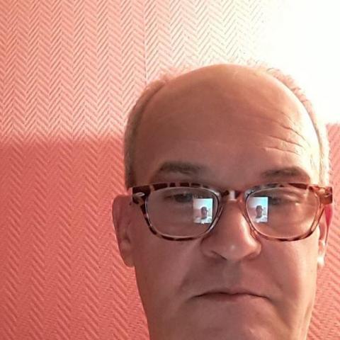 Tamás, 68 éves társkereső férfi - Kecskemét