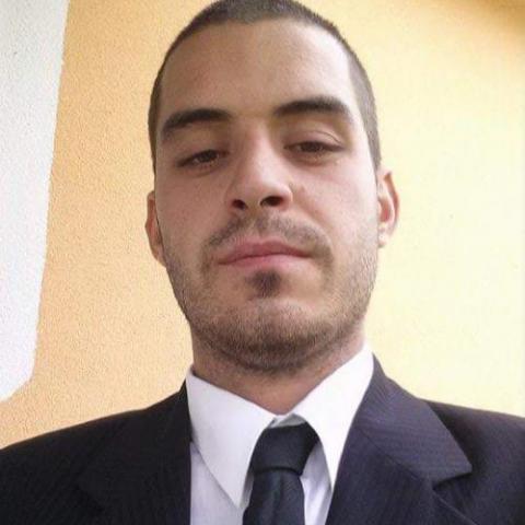 Zsolt, 28 éves társkereső férfi - Bana