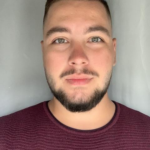 Adam, 22 éves társkereső férfi - Mátészalka
