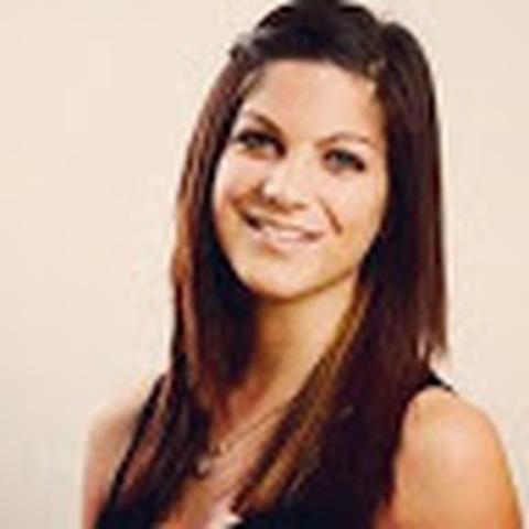 Erika , 24 éves társkereső nő - Balatonfüred