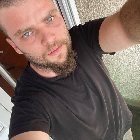 András, 26 éves társkereső férfi - Debrecen