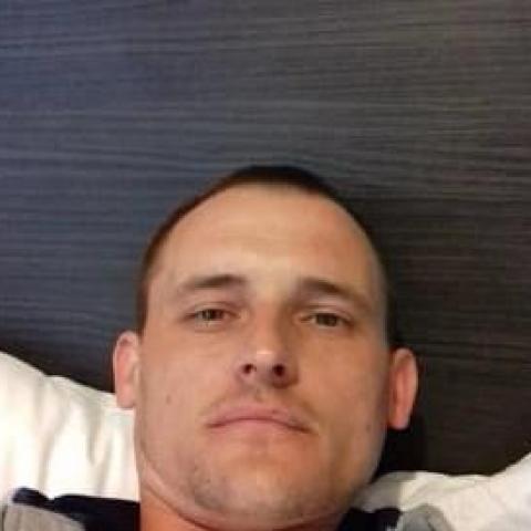 Tamás, 38 éves társkereső férfi - Debrecen