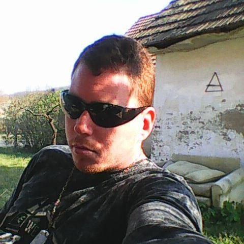 Milán, 28 éves társkereső férfi - Belecska