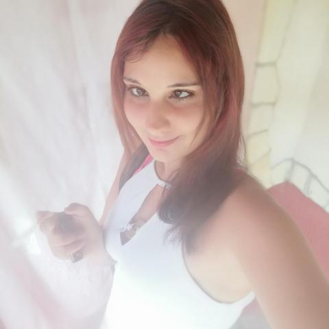 Mária, 23 éves társkereső nő - Szemere