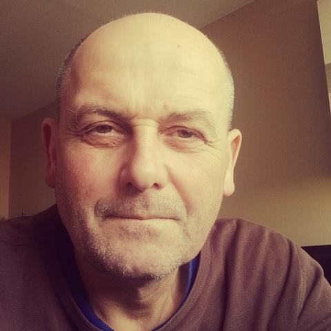 Csaba, 55 éves társkereső férfi - Tatabánya
