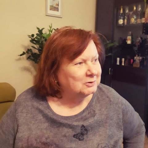 Zsófia, 66 éves társkereső nő - Pécs