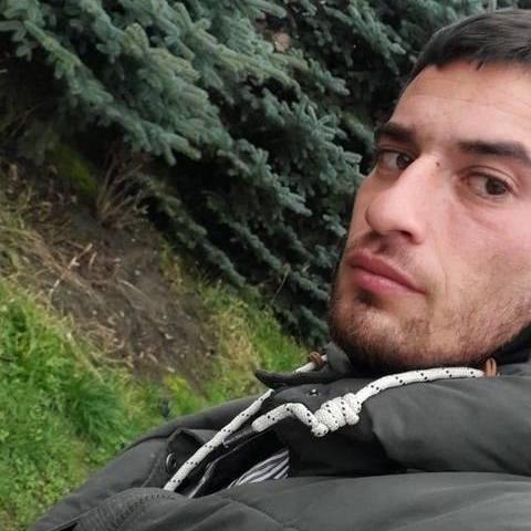 György, 20 éves társkereső férfi - Medgyesbodzás