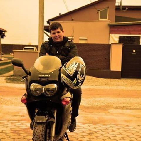 Dániel, 22 éves társkereső férfi - Miskolc