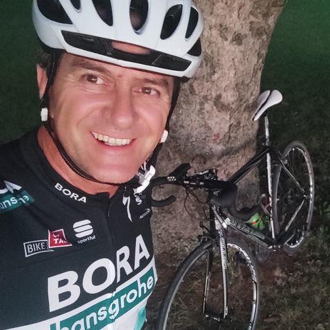 Robi, 49 éves társkereső férfi - Százhalombatta