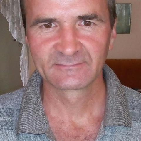 Attila, 46 éves társkereső férfi - Selyeb