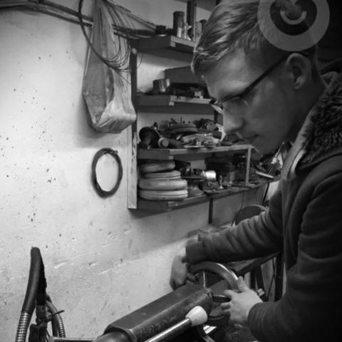 Dominik, 19 éves társkereső férfi - Csány