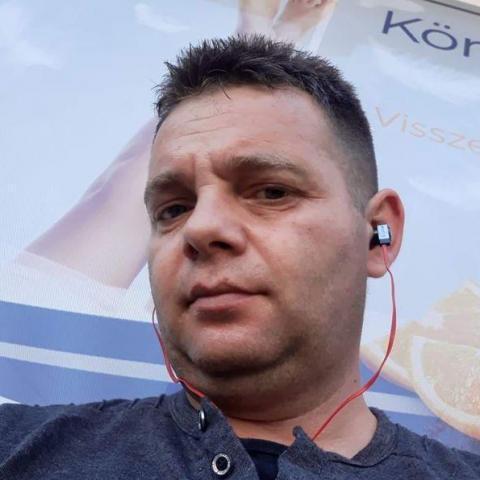 Bela, 39 éves társkereső férfi - Miskolc