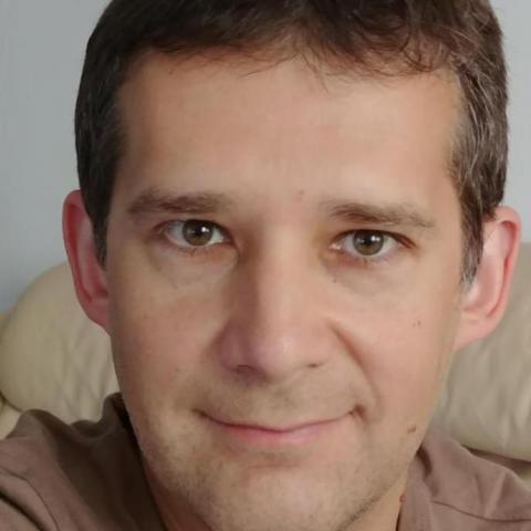 András, 42 éves társkereső férfi - Budapest