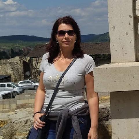 Évi, 45 éves társkereső nő - Debrecen