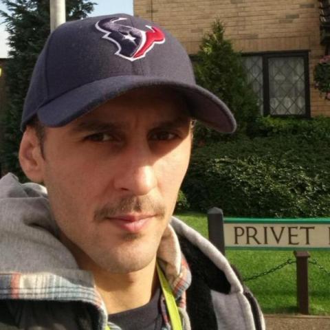István, 35 éves társkereső férfi -