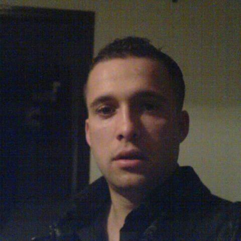 Laci , 34 éves társkereső férfi -