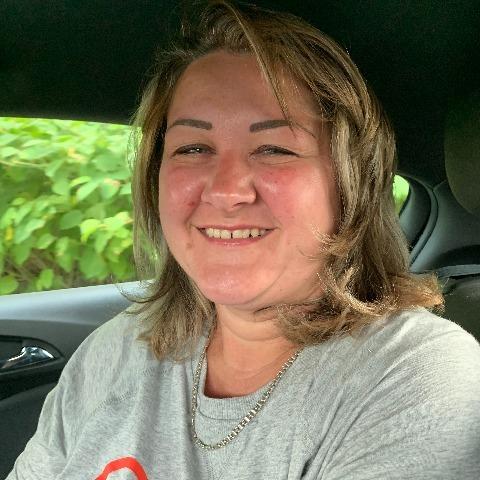 Kinga, 44 éves társkereső nő -