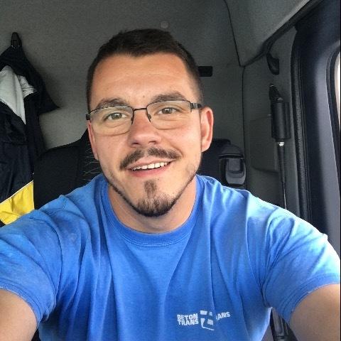 Csaba, 28 éves társkereső férfi - Tulln