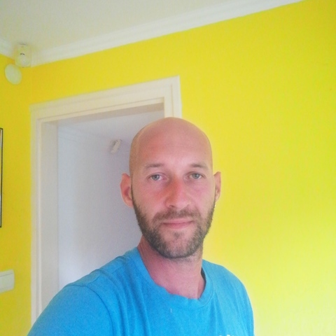 Róbert , 31 éves társkereső férfi - Jászapáti