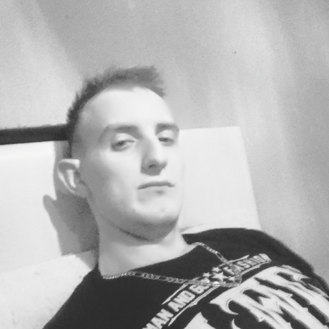 Dávid, 29 éves társkereső férfi - Dunaújváros