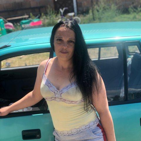 Aranka, 34 éves társkereső nő - Csörög