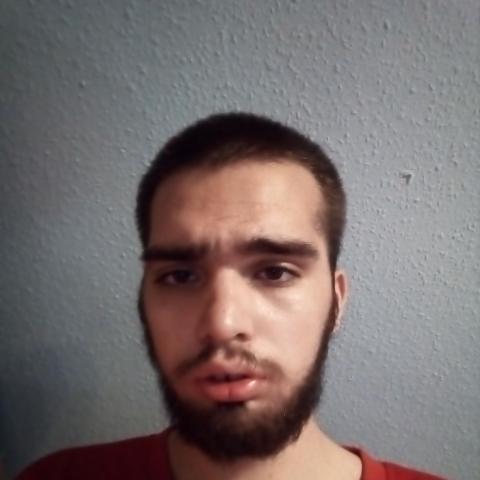 Dani, 21 éves társkereső férfi - Lenti