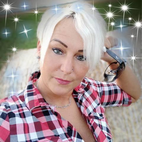 Krisztina, 45 éves társkereső nő - Romhány