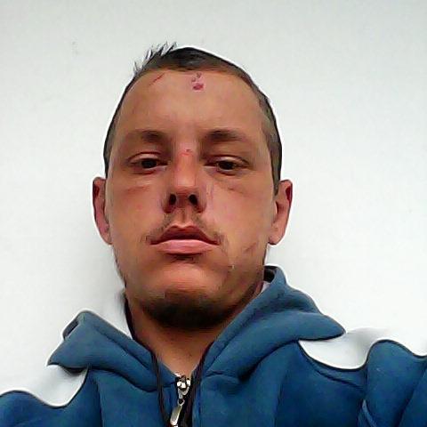 Roland, 32 éves társkereső férfi - Kistormás