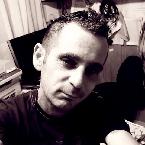 Gábor, 40 éves társkereső férfi - Szekszárd